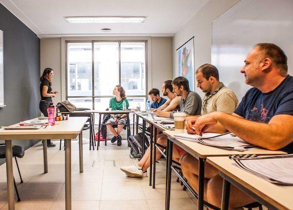 cursuri limbi straine studenti in Bucuresti